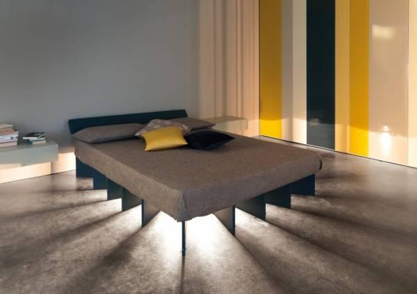 Оригинальная идея для ночного освещения в спальне