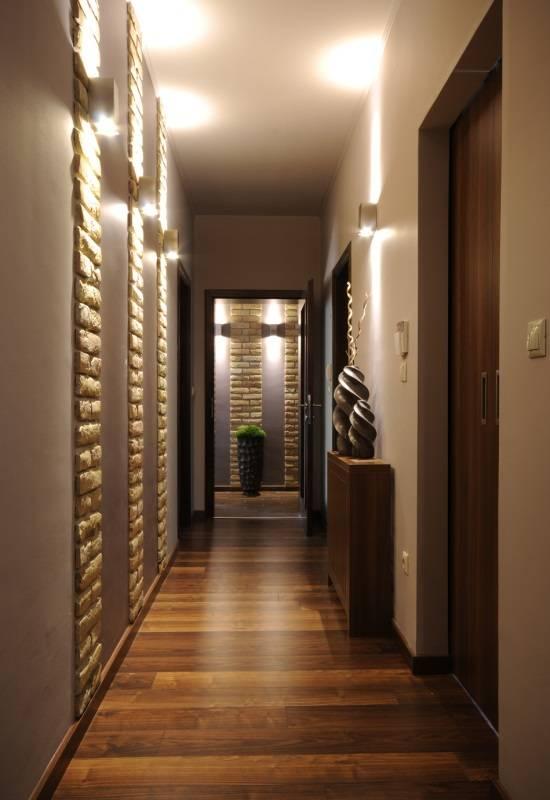 Красивый коридор в современном стиле
