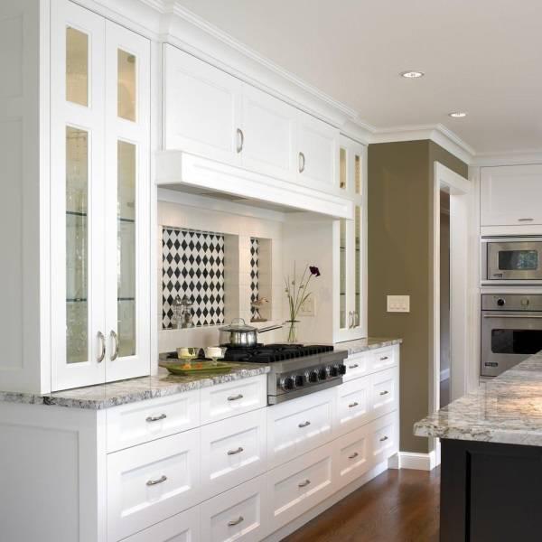 Ниши над плитой в кухне
