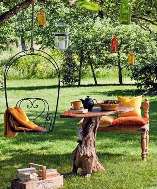 Мебель и другие украшения для сада