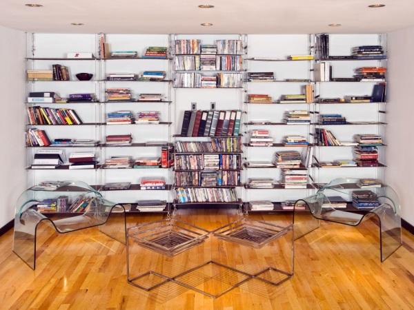 Домашняя библиотека в урбанистическом стиле