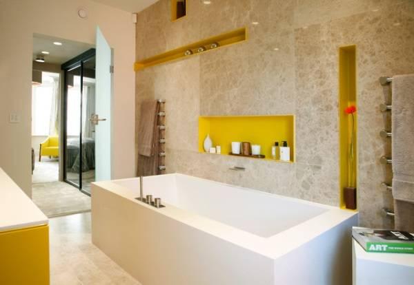 Яркие ниши для декора в ванной комнате