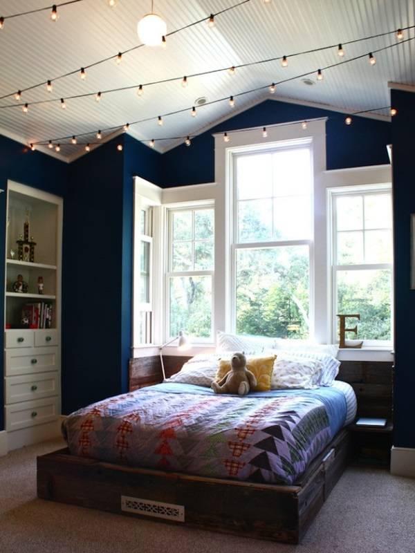 Освещение спальни с LED гирляндами