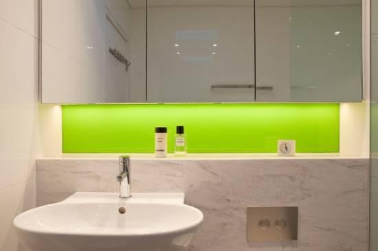 Подсветка поверхностей в ванной