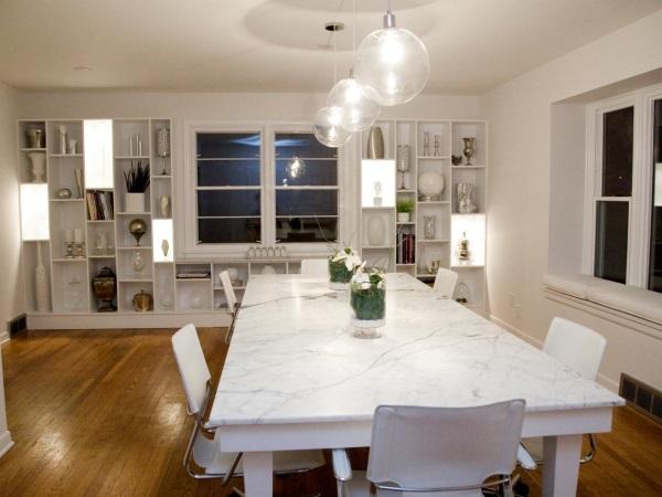 Светильники преображают шкаф и комнату в целом