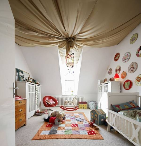 Потолок под навесом из ткани