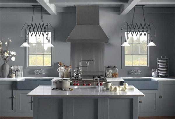 Кухня с регулирующимися светильниками