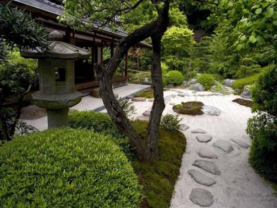 Китайский сад в духе Дзен
