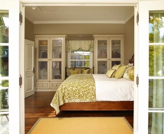 Красивые шкафы для спальни