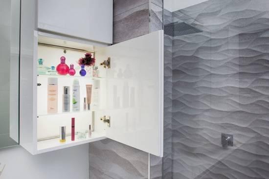 Встроенная подсветка для мебели в ванной