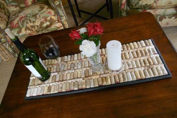 Простая скатерть из винных пробок