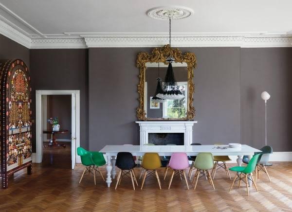 Яркий интерьер с классическим и современным декором