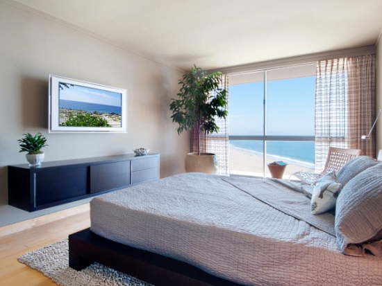 Стильный подвесной комод для спальни