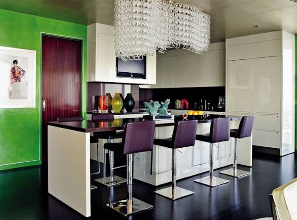 Подвесной светильник как главное украшение кухни