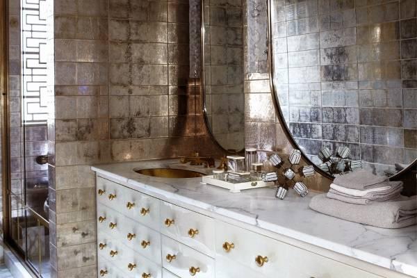 10 красивых ванных комнат в домах знаменитостей