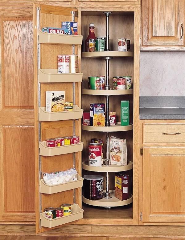 Удобные полки для специй и других предметов на кухне
