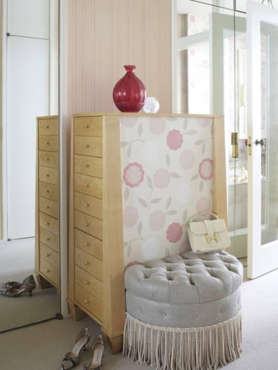 Шикарный высокий комод для спальни