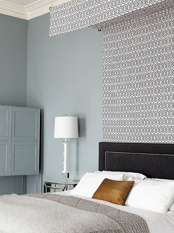 Балдахин как украшение стены в спальне