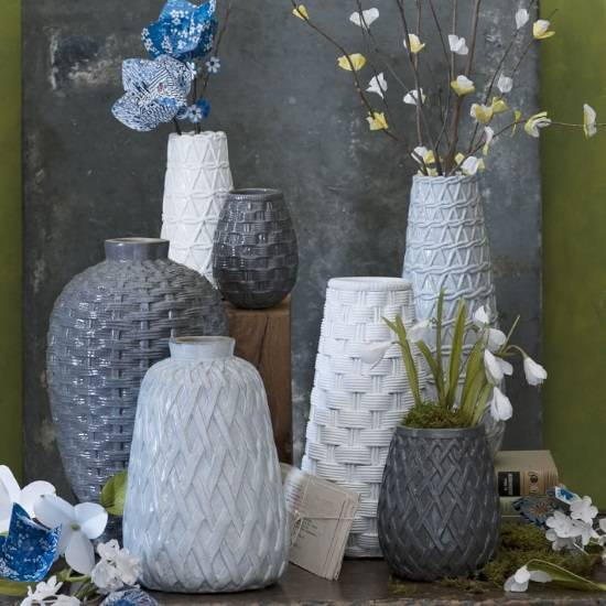 Вазы из текстурированной керамики