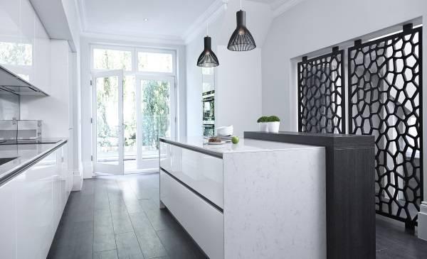 Красивые декоративные перегородки на кухне