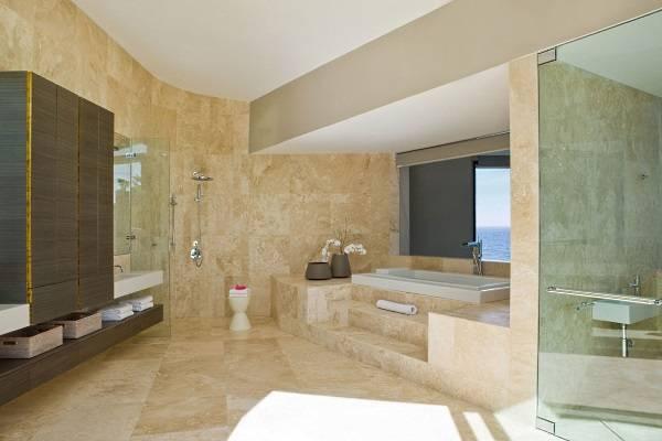 Дизайн ванной с мраморной плиткой