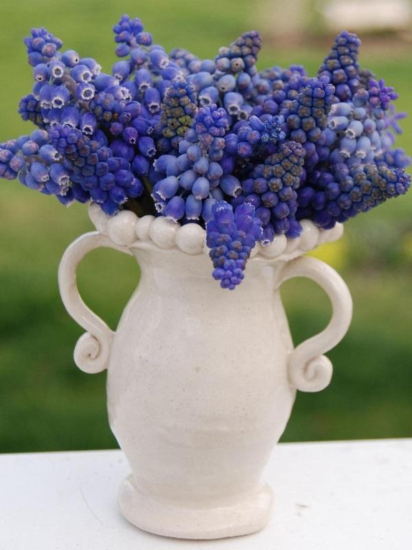 Букеты из весенних цветов