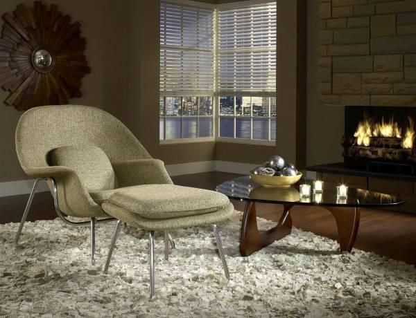 Кресло Womb с пуфиком и столиком Ногучи