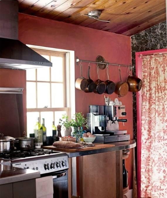Оформление кухни в цвете марсала