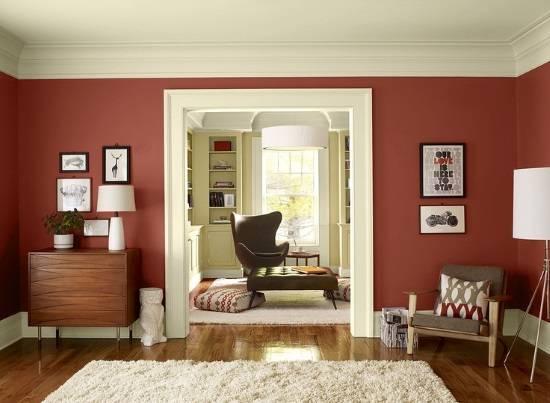 Марсала и белый цвет в дизайне гостиной