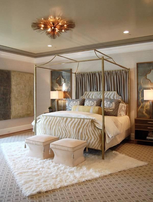 Металлическая кровать с балдахином