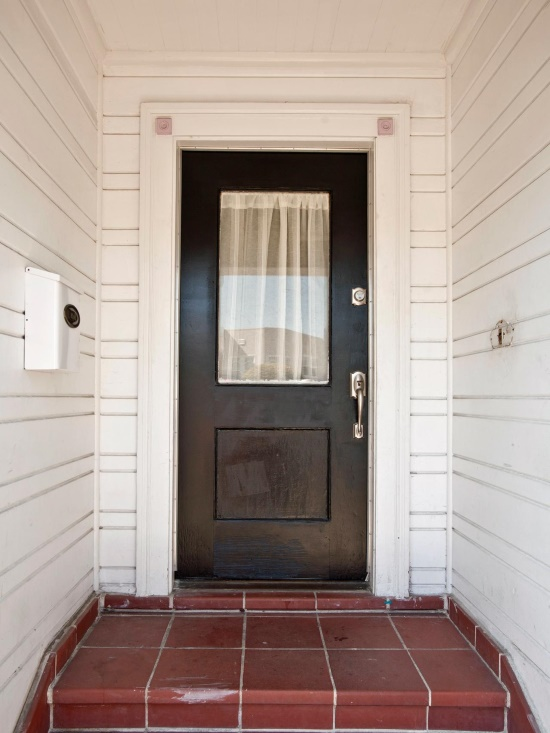 Вход в дом (до)