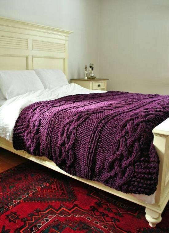 Вязаное покрывало для спальни