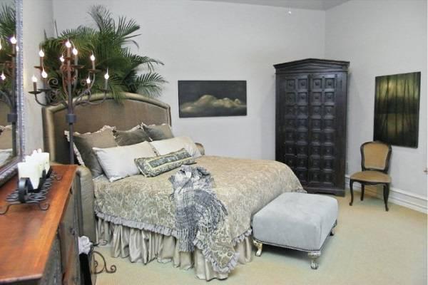 Античный стиль в дизайне небольшой спальни