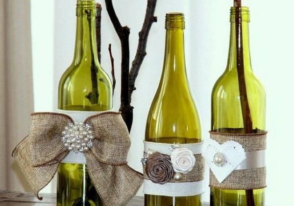 Декорирование бутылок лентами