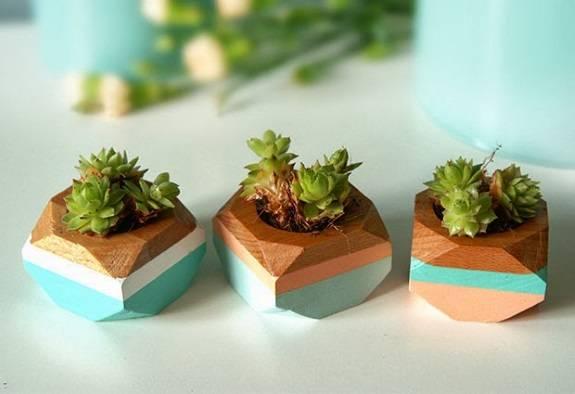 Красивые деревянные горшки для растений