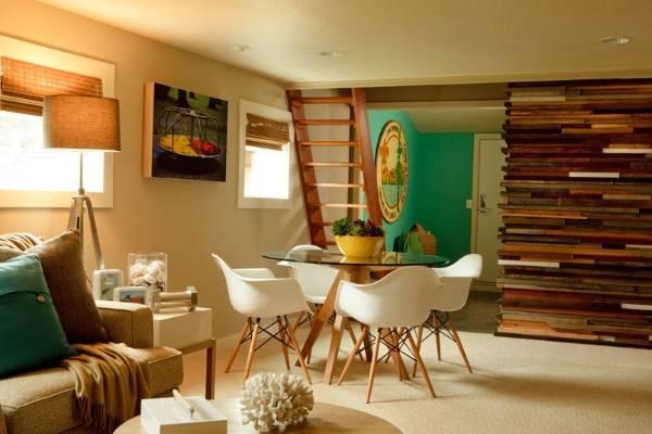 Старые доски в дизайне гостиной