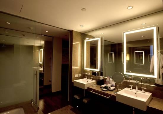 led подсветка в ванной комнате