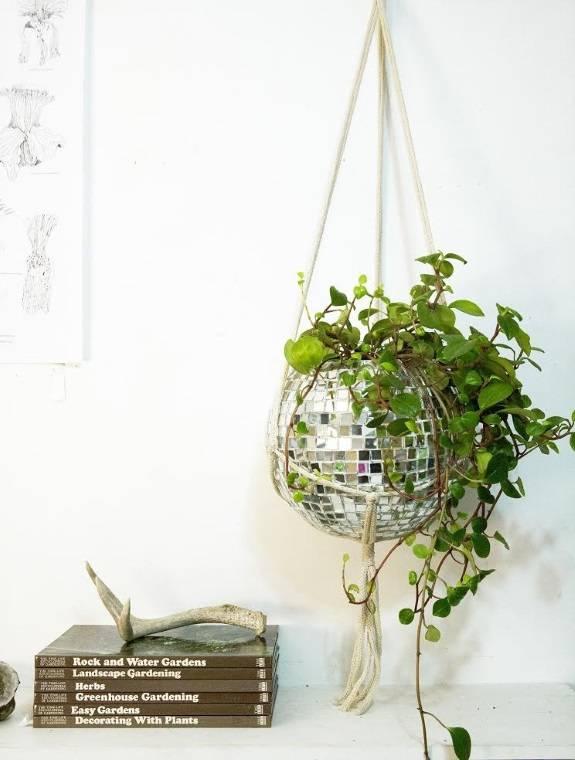 Оригинальный горшок для комнатных растений