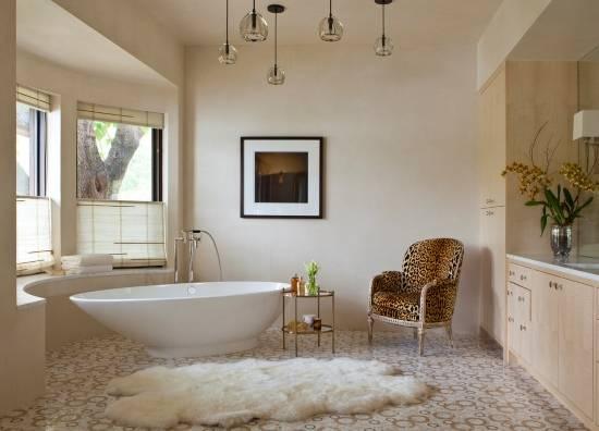 Роскошная большая ванная комната