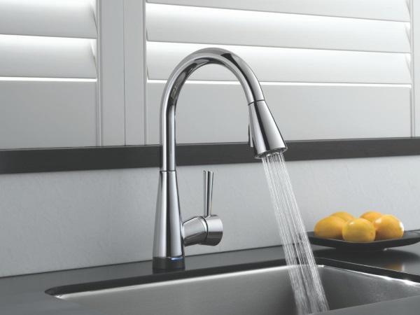 Кухонный кран и смеситель, экономящий воду
