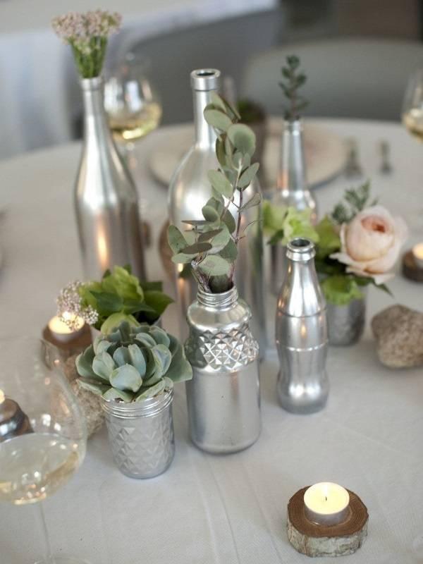 Серебряные вазы из бутылок