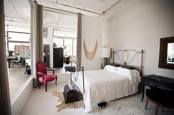 Старинный декор в дизайне спальни