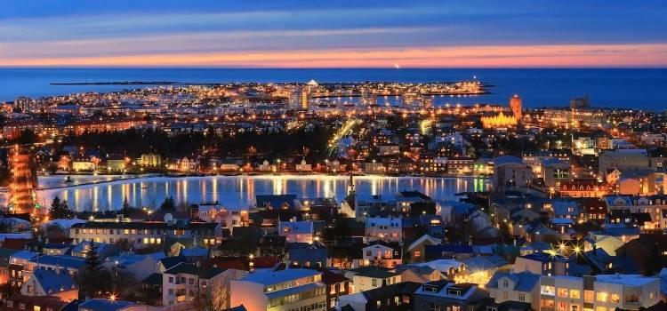 Медовый месяц в Исландии (Рейкьявик)