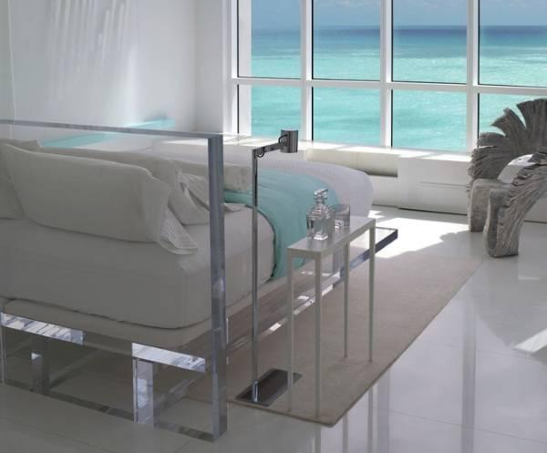 Мебель из акрила для спальни