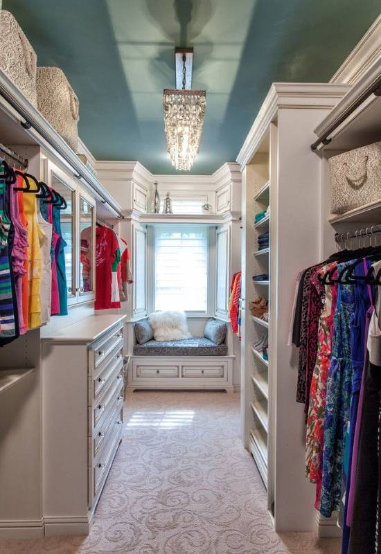 Дизайн гардеробной комнаты в классическом стиле