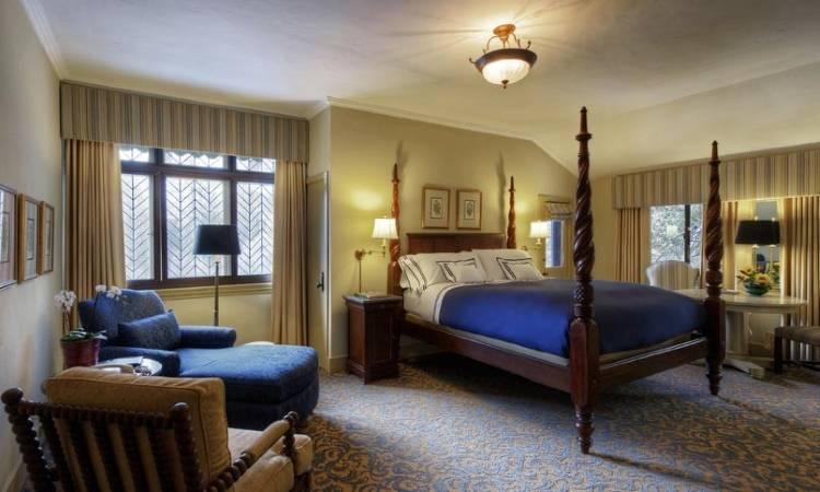 Спальня в отеле Ahwahnee