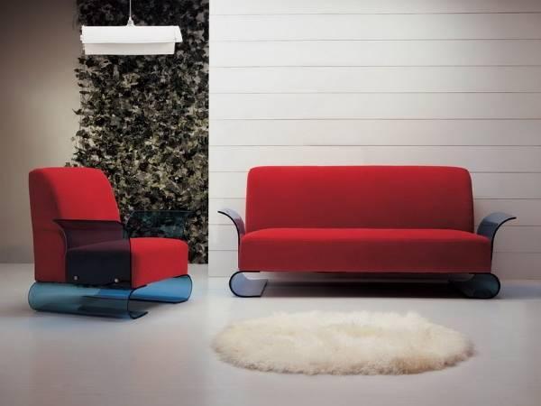 Диван и кресло с прозрачными синими вставками