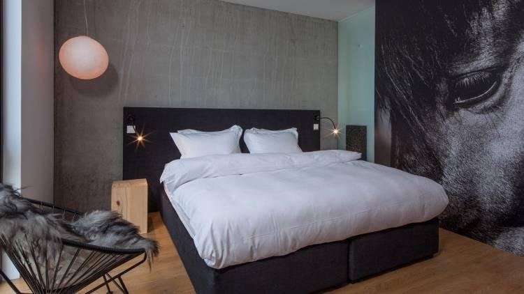 Дизайн интерьера в отеле ION Luxury Adventure Hotel