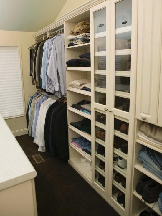 Открытая и прозрачная мебель для гардеробной