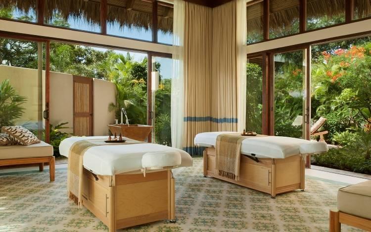 Дизайн комната для спа-процедур в отеле Mukul Luxury